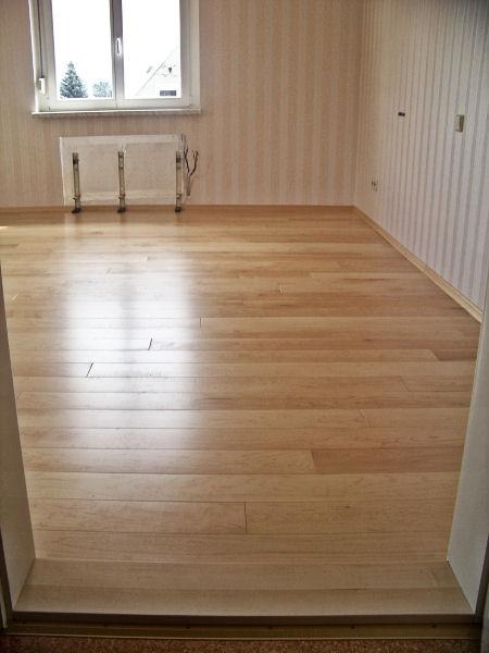 verlegung von dielung dielenboden holzfu boden. Black Bedroom Furniture Sets. Home Design Ideas