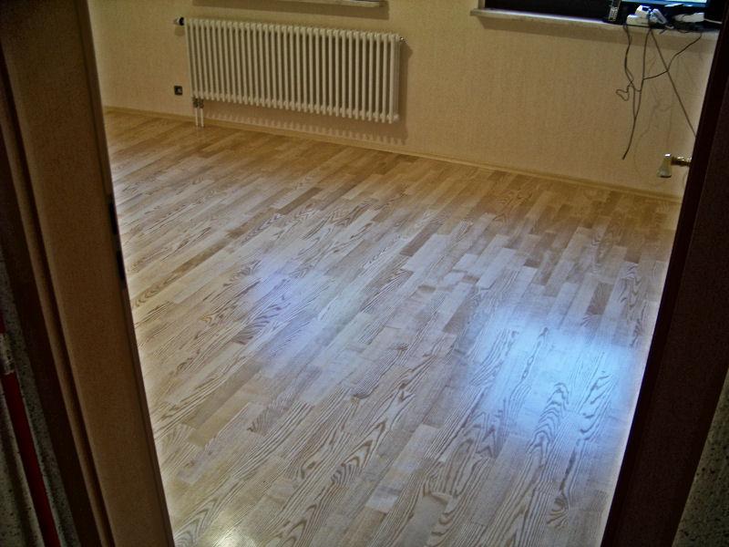 verlegung von parkettb den durch parkett richter in. Black Bedroom Furniture Sets. Home Design Ideas